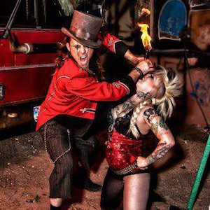 Circus SideShow Revue – Hellzapoppin