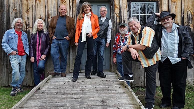 Mary Newland and The Blue Bayou Band 3