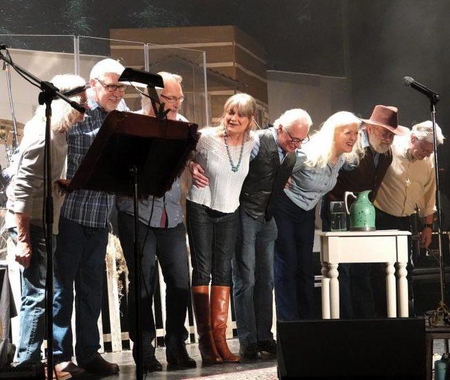 Mary Newland and The Blue Bayou Band 4